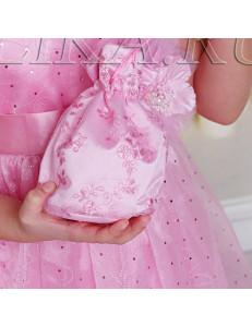 Сумочка-мешок розового цвета с вышивкой Лулу